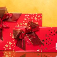 Pralinenpräsente in festlicher roter Geschenkverpackung | Stadt-Café Wanders