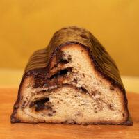Pralinenstollen mit Schokoladenstückchen und Nugat | Stadt-Café Wanders